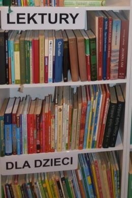 2021-07-19-biblioteczka-KGW-Pierzchów-15-Copy