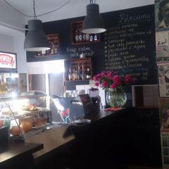 """""""Wierzę w siłę rekomendacji""""- zapraszamy na wywiad z Panią Barbarą Łosiowską, właścicielką kawiarni Barbra"""