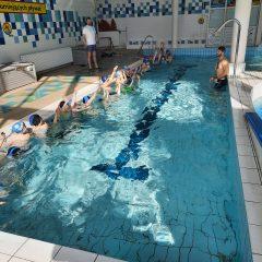 Pierwsze kroki na pływalni