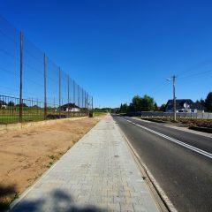 Będzie bezpieczniej- nowy chodnik przy drodze powiatowej w Niegowici